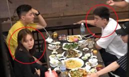 Bị đồn là một cặp nhưng Chi Dân và Lan Ngọc lại giữ khoảng cách khi đi ăn cùng bạn