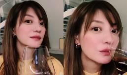 Giữa tin đồn ly thân sau scandal ôm hôn đồng nghiệp nam, Triệu Vy khiến fan lo lắng khi lộ dấu hiệu này