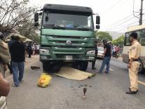 Va chạm xe tải, chiến sĩ công an 23 tuổi tử vong thương tâm ở Đà Nẵng