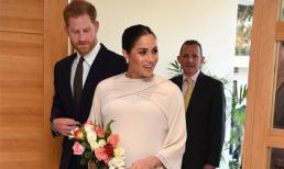 Hóa 'nữ hoàng' tại tiệc mừng ở Morocco, Meghan Markle bị tố bắt chước Kate Middleton nhưng lại nhận cái kết 'đắng'