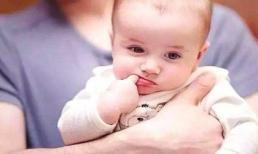 Trẻ có 4 thói quen xấu này trước khi 3 tuổi là dấu hiệu não bộ đang phát triển tốt, bố mẹ đừng vội mắng trẻ