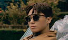 'Phó tổng' Park Seo Joon đẹp như nam thần trên tạp chí, hé lộ về bộ phim mới sắp ra mắt