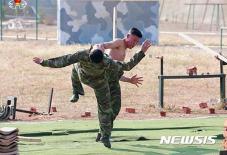 Những hình ảnh hiếm thấy về quá trình khổ luyện của đặc nhiệm Triều Tiên