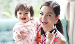 Khéo léo như Phạm Quỳnh Anh khi thuyết phục con gái 2 tuổi vào lớp học thật nhẹ nhàng