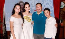 Mai Thu Huyền tổ chức sinh nhật hoành tráng trên nhà hàng thuyền buồm ở TP Hồ Chí Minh