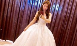 Trước ngày lộ ảnh chụp cùng bạn trai và đại gia đình, Thu Thuỷ đã đi thử đầm cưới?