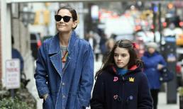 Katie Holmes xuất hiện bên con gái Suri sau khi bị đồn mối tình bí mật 5 năm đã đổ vỡ