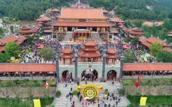 Yêu cầu chấm dứt thỉnh vong, cúng oan gia trái chủ tại chùa Ba Vàng