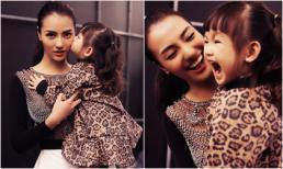 Hồng Quế được con gái Cherry cổ vũ khi làm vedette show thời trang