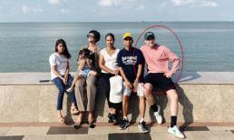 Chia sẻ ảnh đưa gia đình đi du lịch nhưng có thành viên lạ, H'Hen Niê khéo khoe bạn trai?