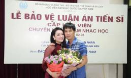 Ca sĩ Tân Nhàn hạnh phúc khi bảo vệ thành công luận án tiến sĩ âm nhạc