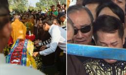 Trực tiếp: Bố cố nghệ sĩ Anh Vũ khóc ngất khi tiến hành hạ huyệt cho con trai