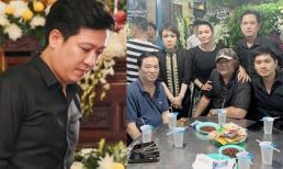 Đêm cuối tại tang lễ nghệ sĩ Anh Vũ, sao Việt lặng lẽ đến thắp nén hương tưởng niệm