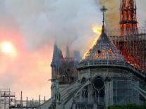 5 SỰ THẬT ít được biết đến của Nhà thờ Đức Bà Paris: Thi hào Victor Hugo từng 'tiên đoán' về vụ hỏa hoạn