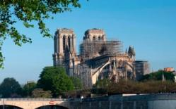 Choáng với số tiền khổng lồ đóng góp phục dựng Nhà thờ Đức Bà Paris