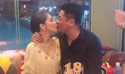 Kiwi Ngô Mai Trang khoá môi chồng nồng nàn trong tiệc sinh nhật