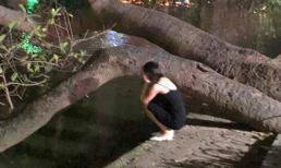 Bị người yêu bỏ khi đang mang bầu, cô gái vừa khóc vừa chửi nhau với cái bóng của chính mình ở Hồ Gươm