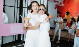 Tăng Thanh Hà cười tươi hết cỡ, ôm chầm 'chị 3' Ngô Thanh Vân khi gặp mặt