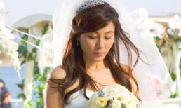 Mặc váy cưới xuất hiện trong hôn lễ của người yêu cũ, cô gái khiến họ hàng hai bên nhận ra bộ mặt thật của chú rể