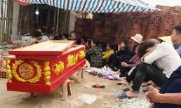 Bị đánh tử vong, người thân mang xác đến nhà chủ nợ yêu cầu truy cứu