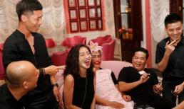 Ngô Thanh Vân lem luốc, cười thả ga trong tiệc sinh nhật tuổi 40