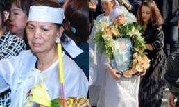 Hình ảnh vợ cũ thẫn thờ, con gái phải có người dìu trong thời khắc hỏa táng nghệ sĩ Lê Bình