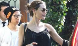 Angelina Jolie mặc áo 2 dây, quần da đen sành điệu khi đi chơi riêng với con trai nuôi gốc Việt