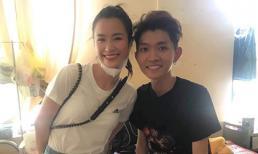 Đông Nhi và Ông Cao Thắng âm thầm mang theo quà 'khủng' đến bệnh viện thăm fan