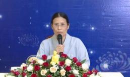 Bà Phạm Thị Yến lại 'đăng đàn' thuyết giảng, chưa lên xin lỗi nhà nữ sinh giao gà