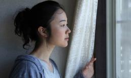 Phát hiện chồng ngoại tình với người yêu cũ khi đang bị ung thư, vợ trẻ nhắn một lời khiến cả hai ân hận tột cùng