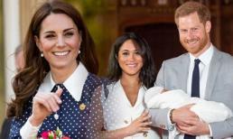 Người dùng mạng chỉ ra bằng chứng cho thấy gia đình Kate kiếm tiền từ con trai Meghan, mâu thuẫn xích mích đã đạt đến mức này
