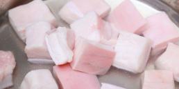 Chuyên gia dinh dưỡng: Mỡ lợn không phải thực phẩm xấu, nhiều người sai lầm khi bỏ mỡ lợn