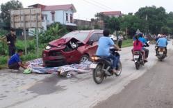 Xế hộp lấn làn, kéo lê xe máy 50m, 2 người phụ nữ tử vong, bé 7 tháng tuổi nguy kịch