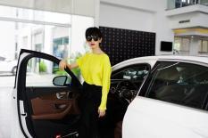 Siêu mẫu Xuân Lan tậu xế hộp Mercedes-Benz màu trắng