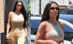 Diện đồ ôm sát thoải mái thả rông ngực, Kim Kardashian còn xách túi mini hơn trăm triệu xuống phố