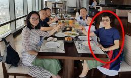 Hé lộ dung nhan hiện tại về người vợ kín tiếng của MC Lại Văn Sâm