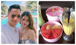 Đang trong nghi vấn giận hờn vợ, Việt Anh lại khoe bữa trưa ngọt ngào do phụ nữ chuẩn bị