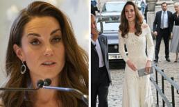 Lộ nhiều dấu vết tuổi tác, Công nương Kate vẫn tỏa sáng với đầm hở vai và phụ kiện hàng trăm triệu đồng