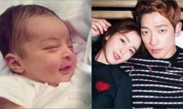 Đứa con thứ 2 của Kim Tae Hee và Bi Rain còn chưa chào đời đã nhận về những lời mỉa mai từ cư dân mạng