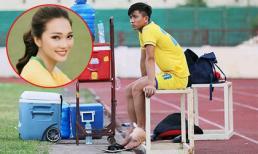 Vật lộn với chấn thương, Phan Văn Đức liên tục được bạn gái xinh đẹp động viên