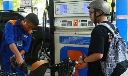 Giá xăng tăng mạnh lần thứ 2 liên tiếp, vượt trên 21 ngàn đồng/lít