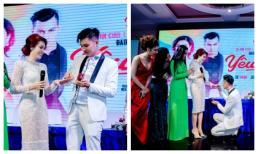 Chồng Lâm Khánh Chi quỳ gối trao nhẫn cưới và tiết lộ cả hai mang nhẫn cưới giả giá 200 nghìn đồng suốt 2 năm
