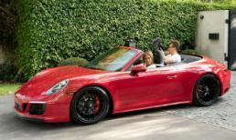 Nữ ca sĩ bốc lửa Jennifer Lopez được vị hôn phu tăng xe hơi hàng tỷ đồng nhân dịp sinh nhật lần thứ 50