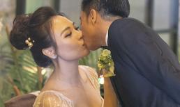 Toàn cảnh đám cưới Cường Đô la: Chú rể xúc động hôn bà xã Đàm Thu Trang đắm đuối trong hôn lễ ngôn tình