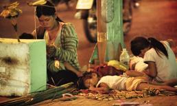 Câu chuyện của phó nháy về 4 mẹ con vô gia cư kiếm sống trên vỉa hè khiến nhiều người lặng mình