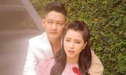 Đã có ba con, nhưng vợ chồng Hải Băng và Thành Đạt vẫn mặn nồng như lúc mới yêu