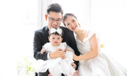 Diễn viên 'Bánh đúc có xương' Đỗ Hà Anh chụp ảnh kỷ niệm 1 năm ngày cưới đầy ngọt ngào