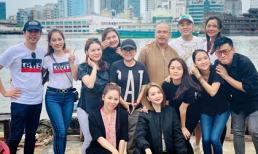 Vợ chồng Lam Trường cùng loạt sao Việt đi thả cá phóng sinh