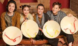 Ngô Kiến Huy, Huỳnh Lập, Quang Trung, Khả Như mặc bà ba chèo xuồng, gánh lúa du hí miền Tây
