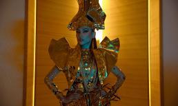 Võ Hoàng Yến hoá nữ thần chiến binh hút mọi ánh nhìn